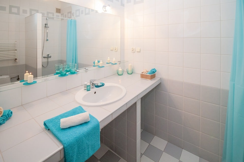 Spotting Bathroom Water Damage What Philadelphia Homeowners Need To - Bathroom water damage